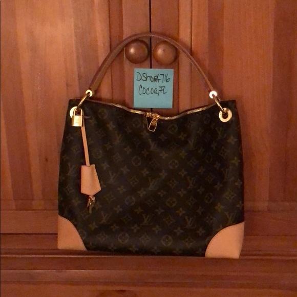 be45f1841015 Louis Vuitton Handbags - Louis Vuitton Berri PM 💯 Authentic!